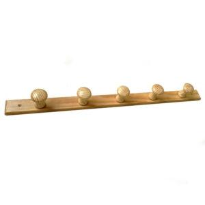 Cuier din lemn cu 5 agatatori, 65.3x7x4.5 cm Natur